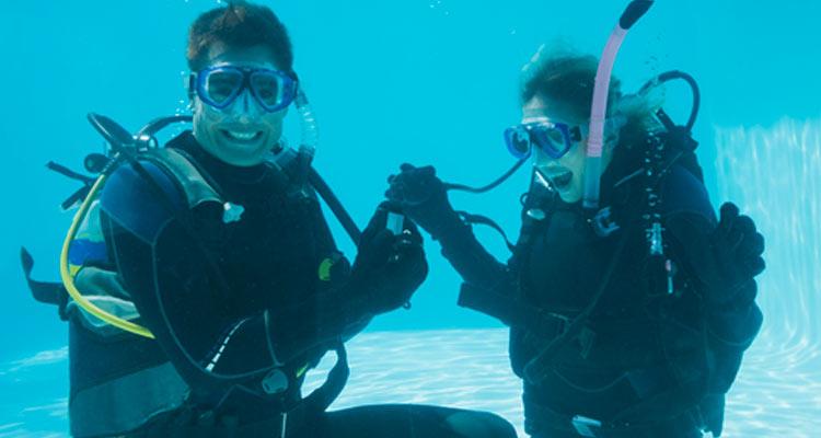 הצעת נישואין מתחת למים